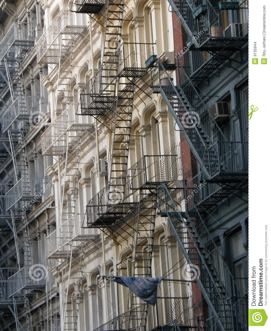 New York City Flats: Apartments In New York City Stock Images
