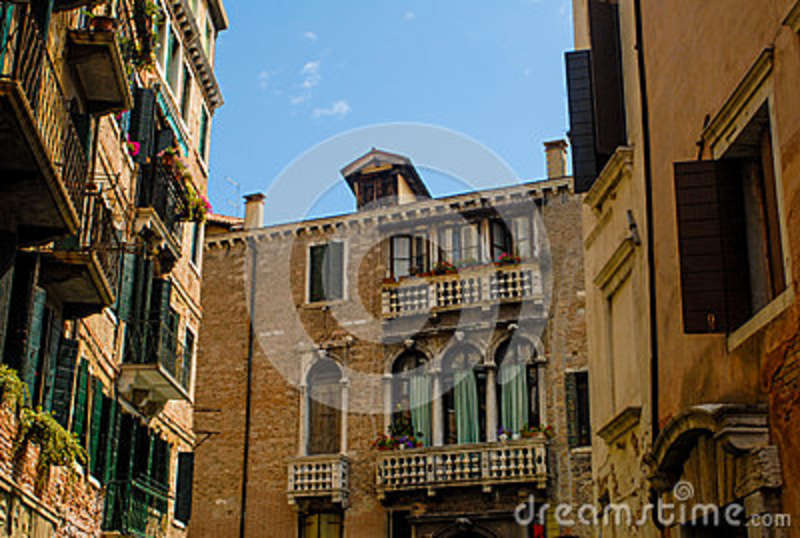 Apartments In Venice, Italy. Editorial Photo - Image of ...