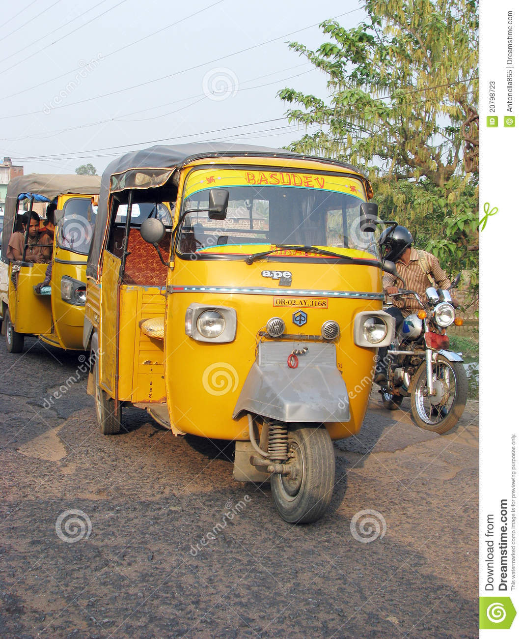 ape piaggio indian auto rickshaw editorial stock photo - image