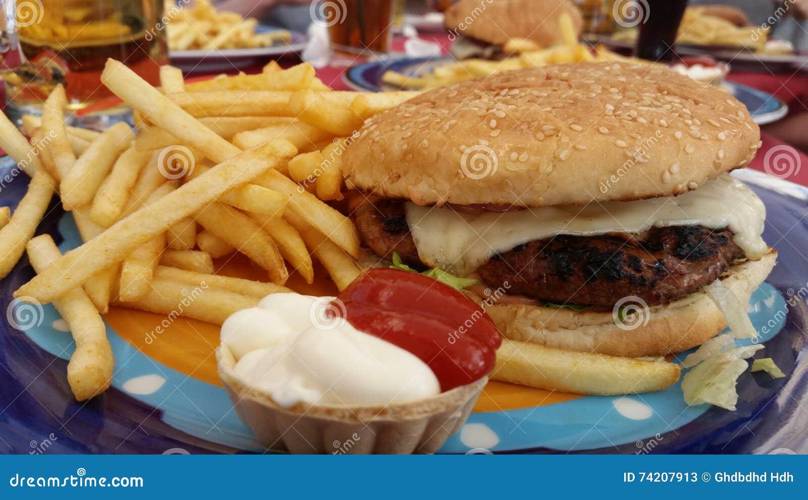 Apenas um hamburguer