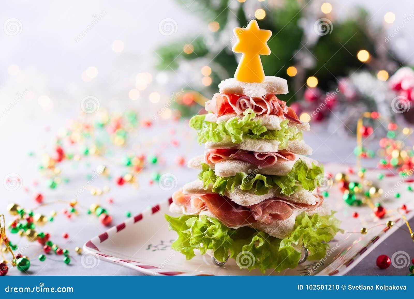Antipasti Di Natale Divertenti.Aperitivo Dell Albero Di Natale Fotografia Stock Immagine Di