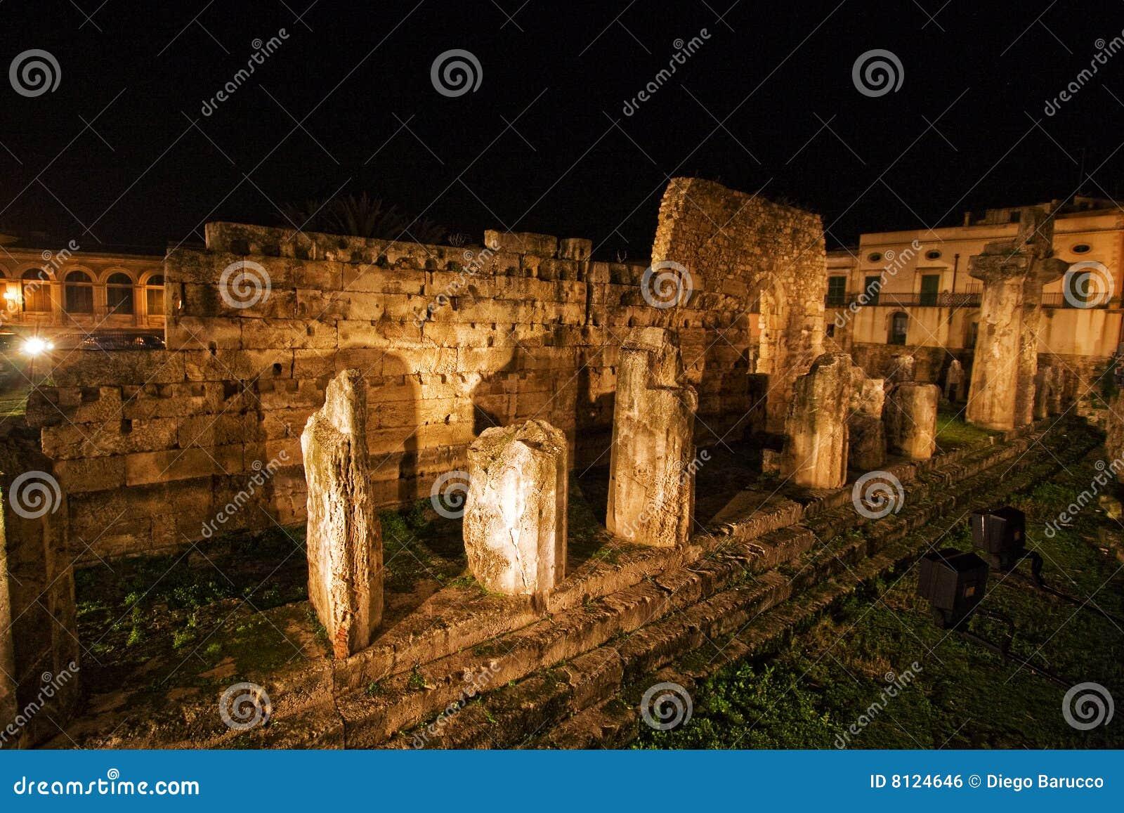 Apollo grekiskt siracusetempel