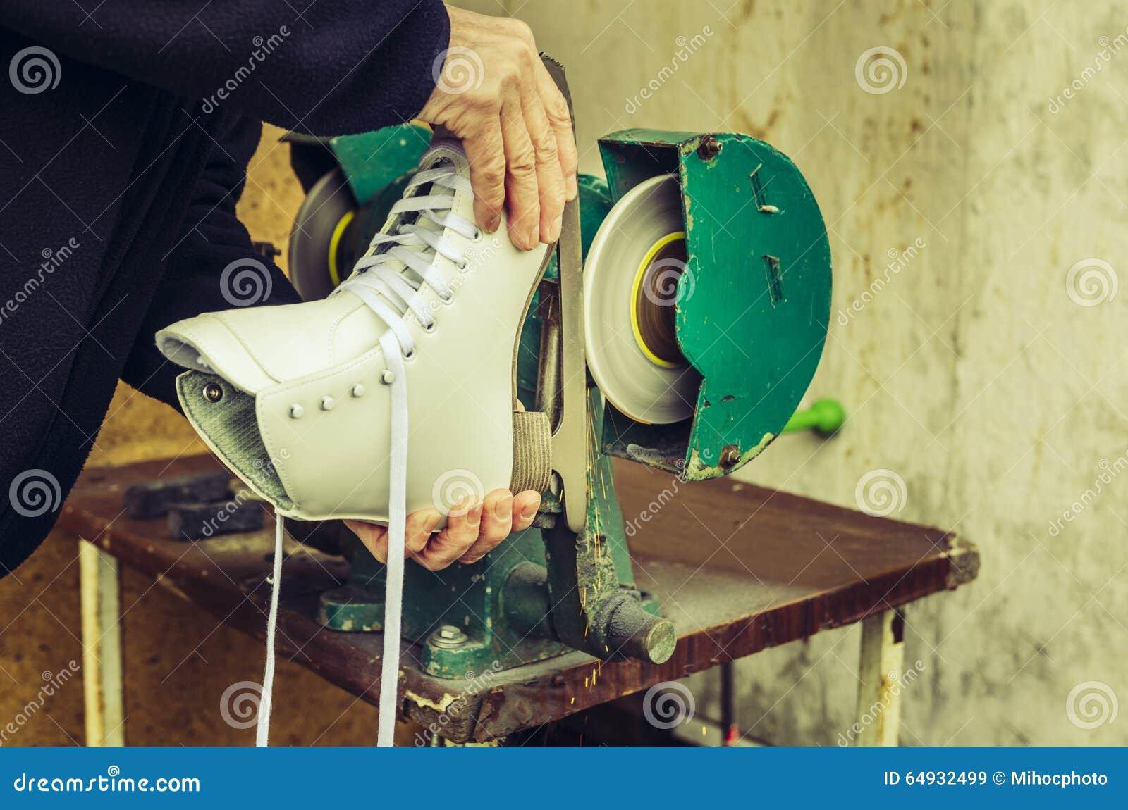 Apontar dos patins de gelo