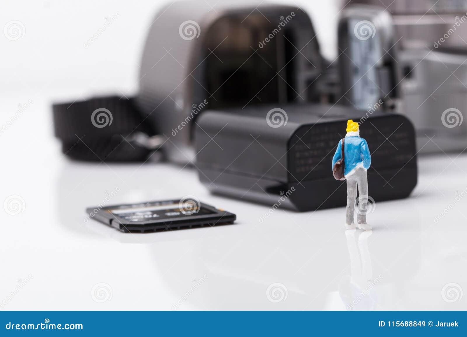 Appareil photo numérique de vérification modèle de mini personnes pour le voyage