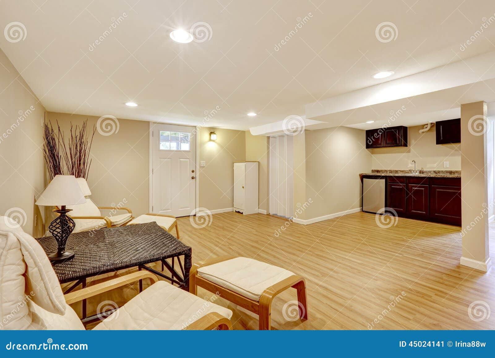 appartamento della suocera del seminterrato area della