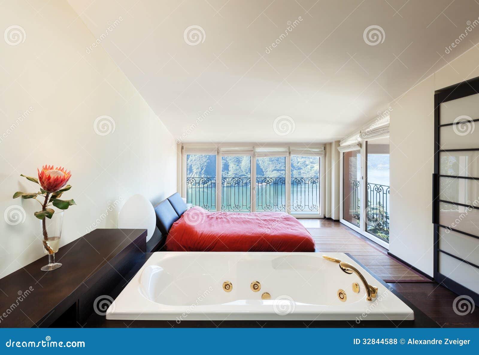 Appartement de luxe int rieur jacuzzi photos libres de droits image 32844588 - Appartement interieur ...