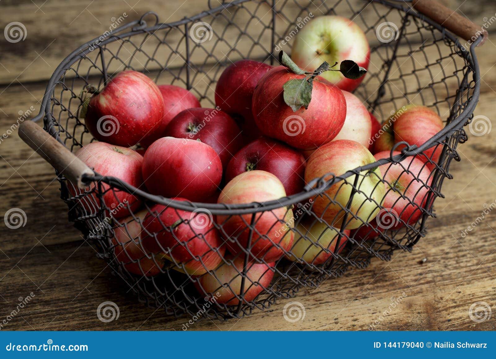 Appelen in mand