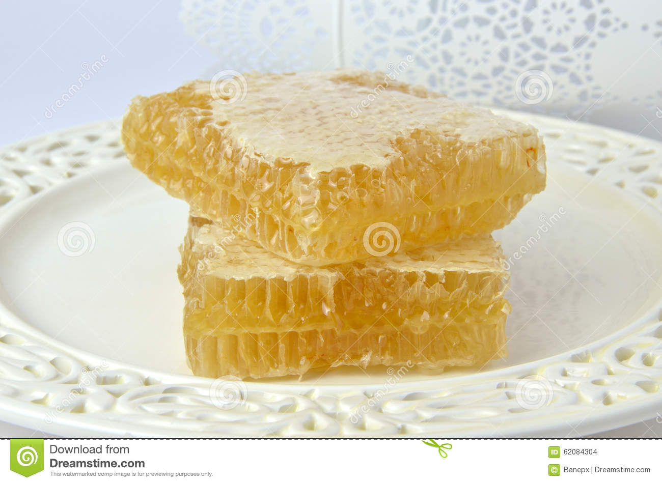 how to eat honeycomb fresh