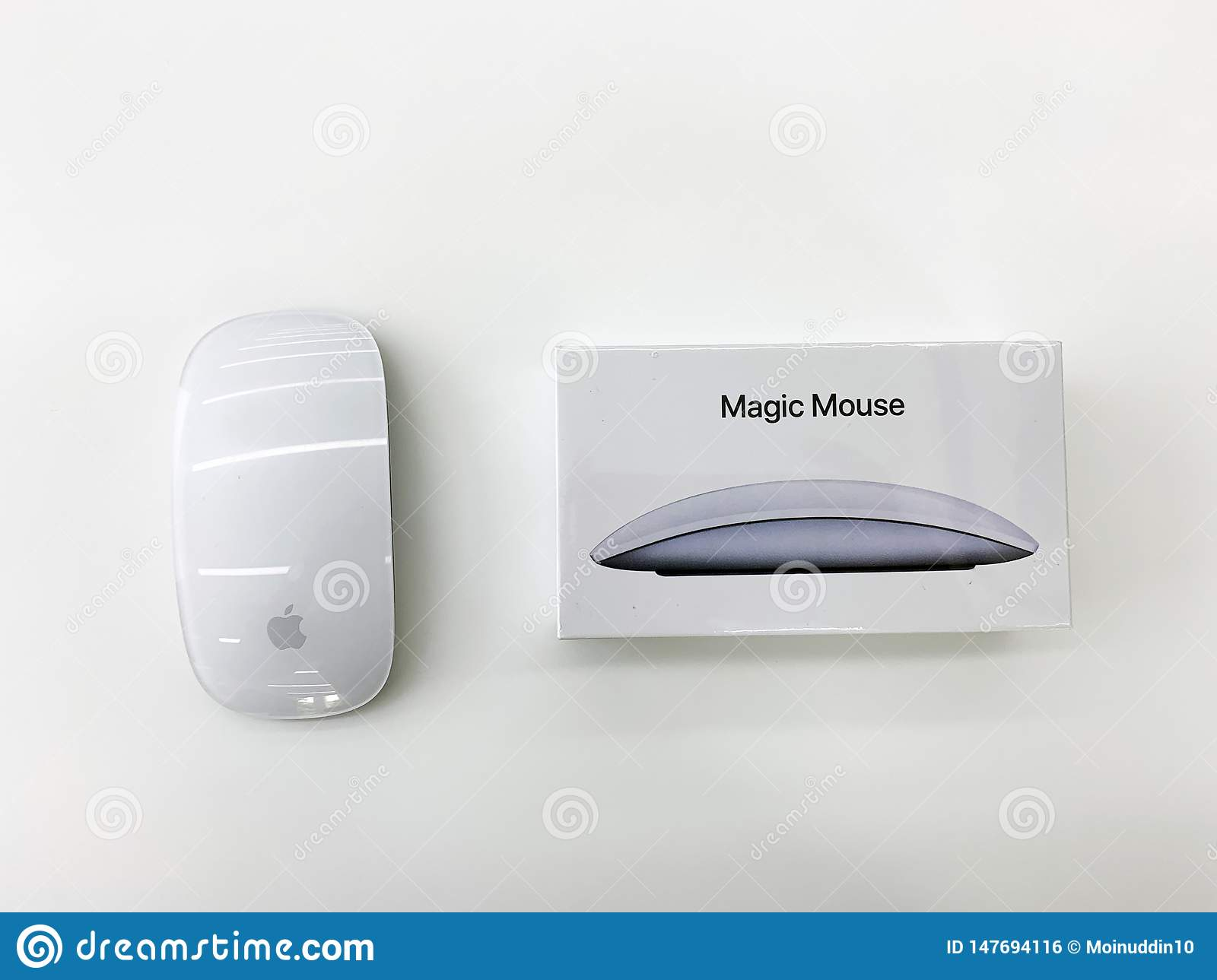 Apple Bluetooth Mouse In White Color - Image Editorial Photo - Image