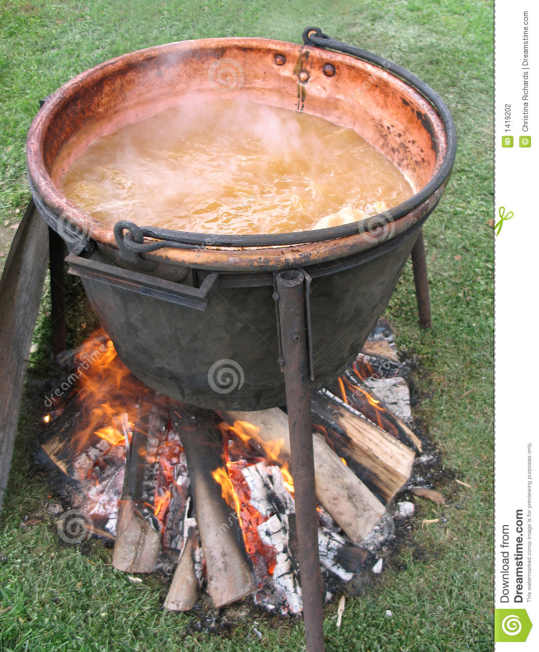 Apple Butter Boiling In An Open Kettle Stock Photography - Image ...