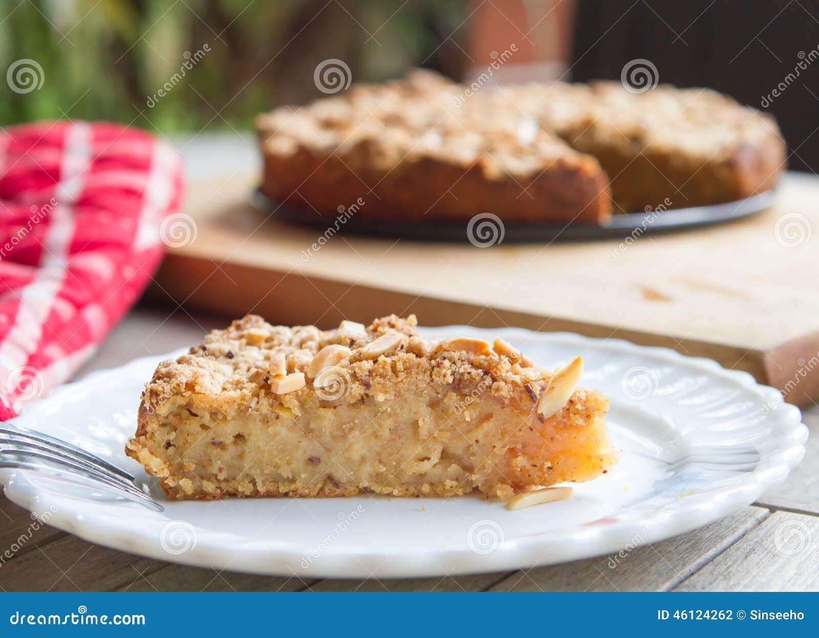 Grated Apple Sponge Cake