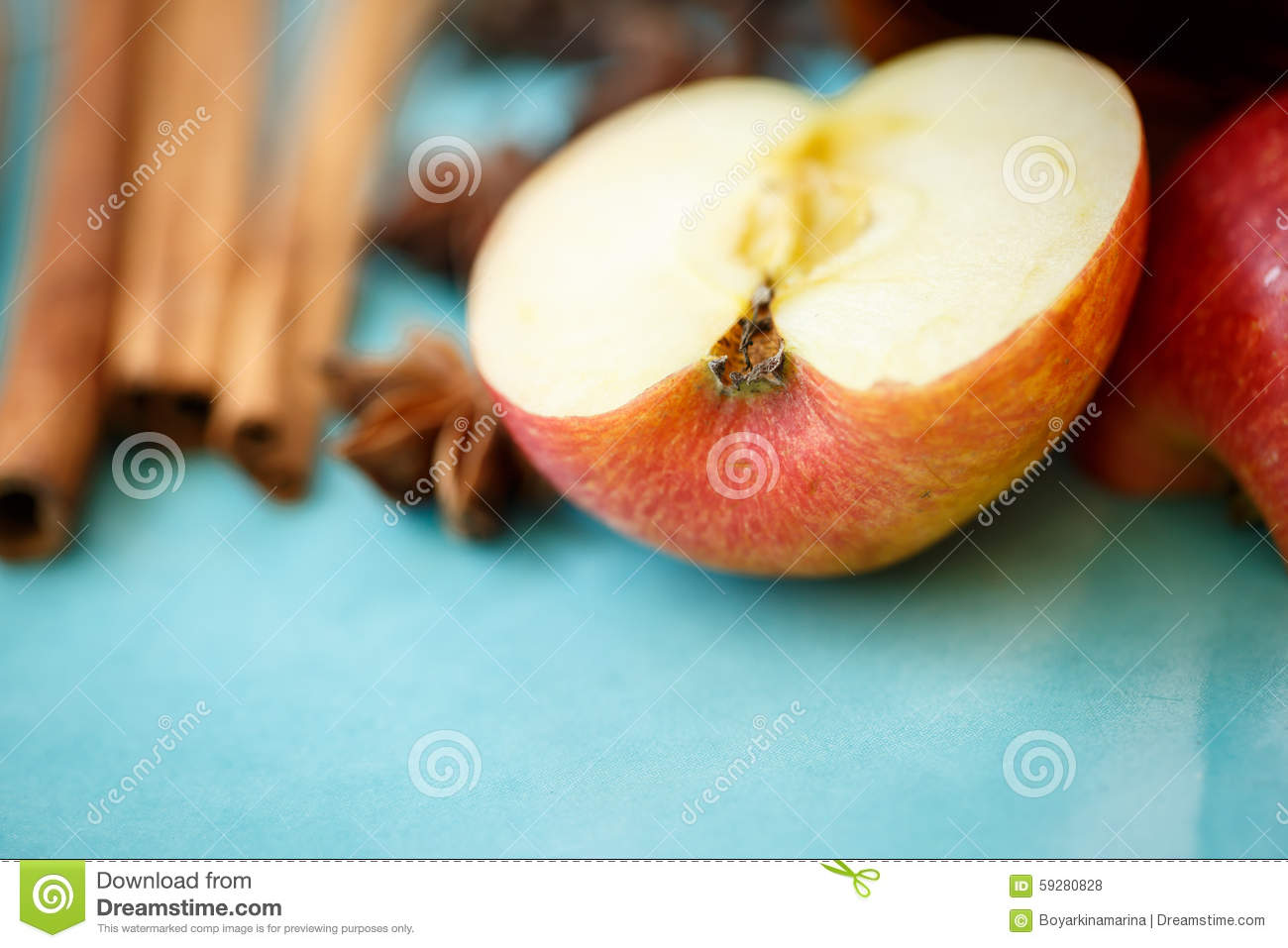 Apple, Cloves And Cinnamon (apple Pie Ingredients) Stock Photo ...