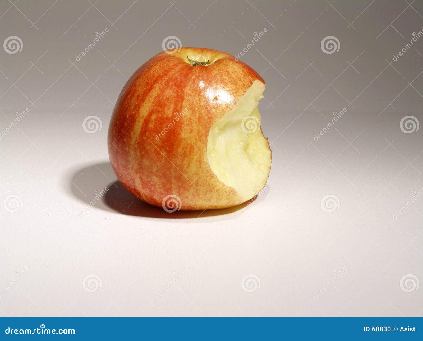 Apple com mordida
