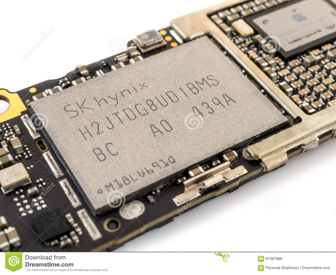 Apple IPhone 6 NAND Flash IC Chip Editorial Stock Photo - Image of