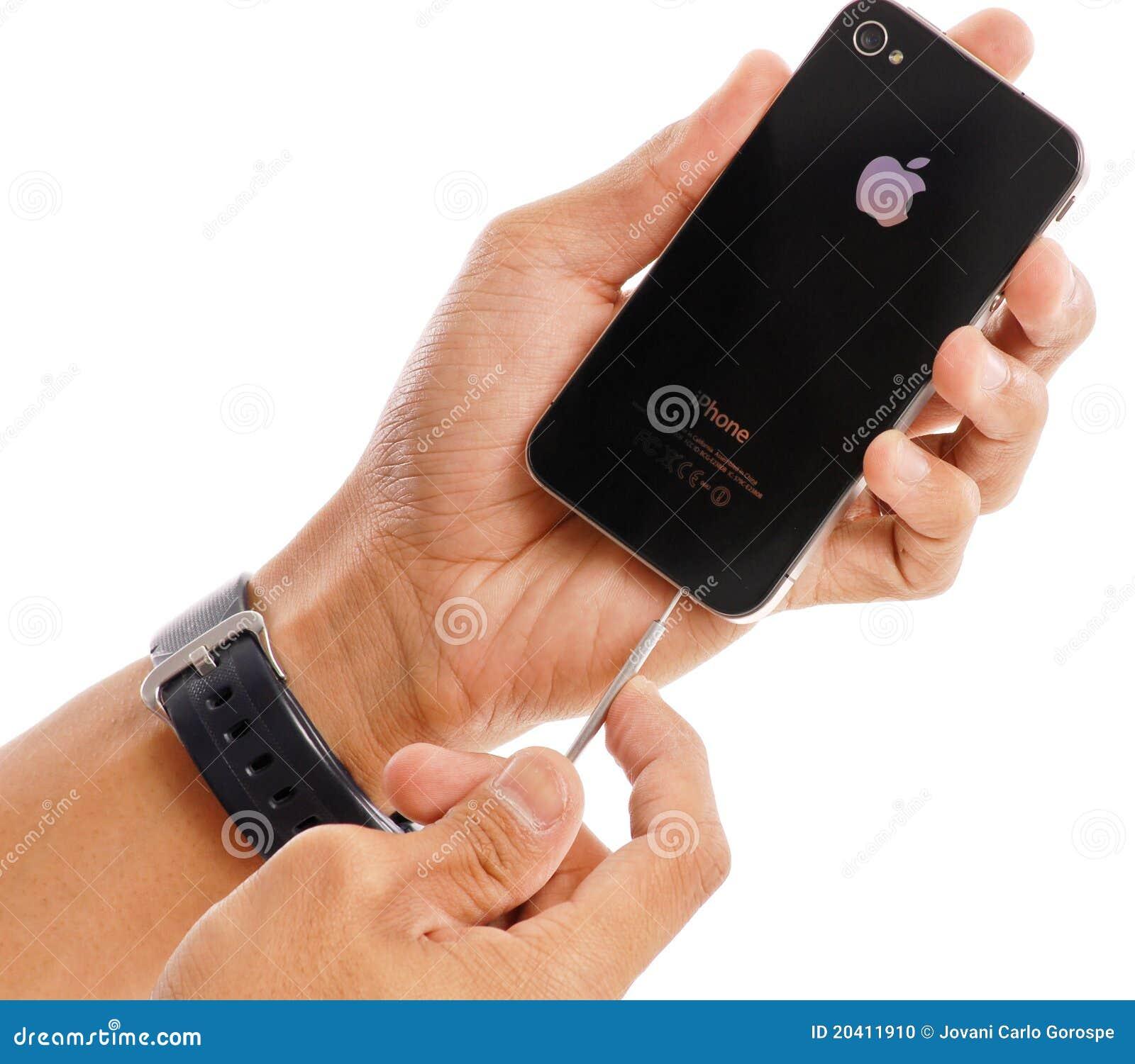 Apple IPhone Repairs Editorial Image - Image: 20411910