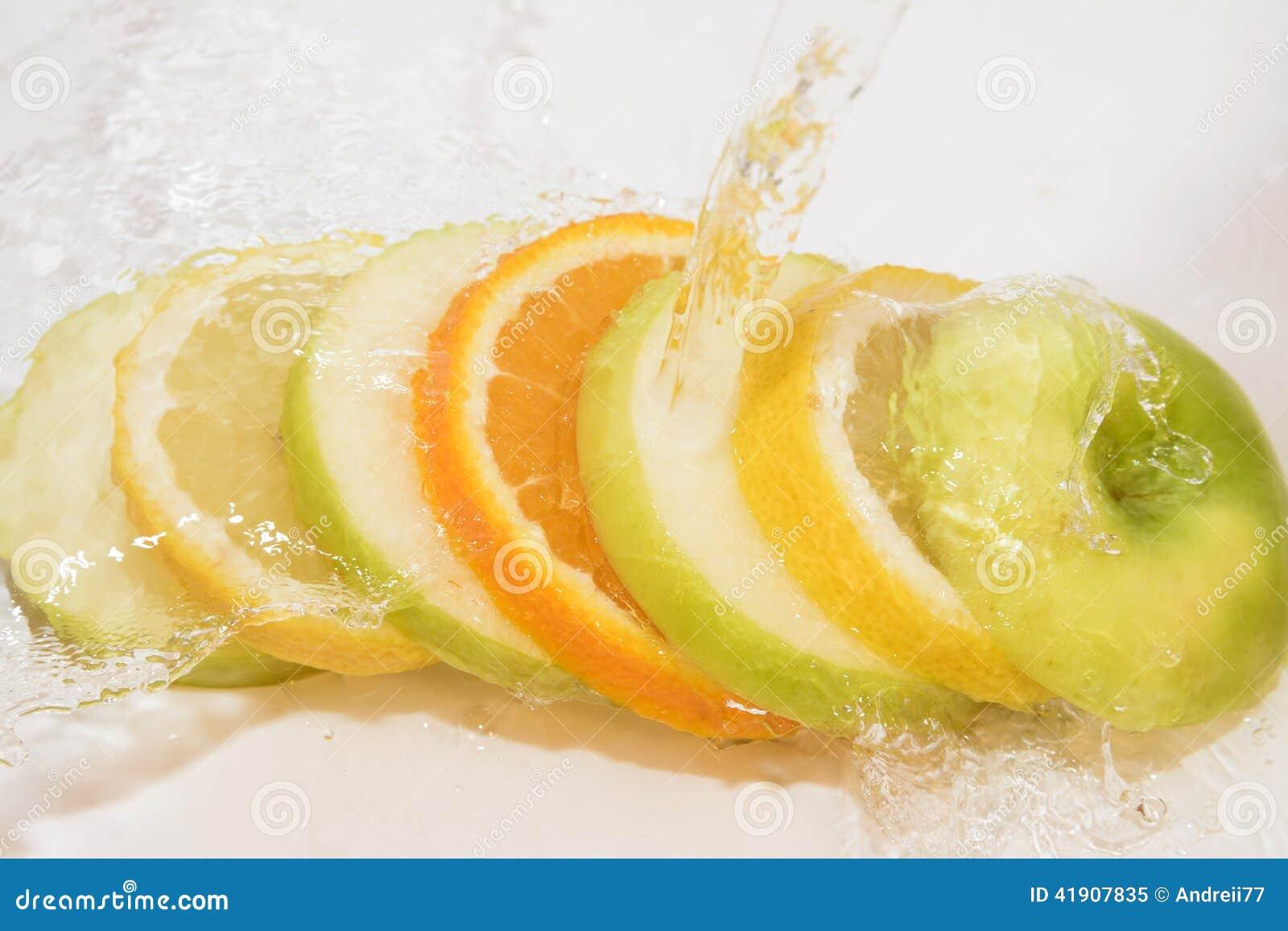 Apple lemon oranges