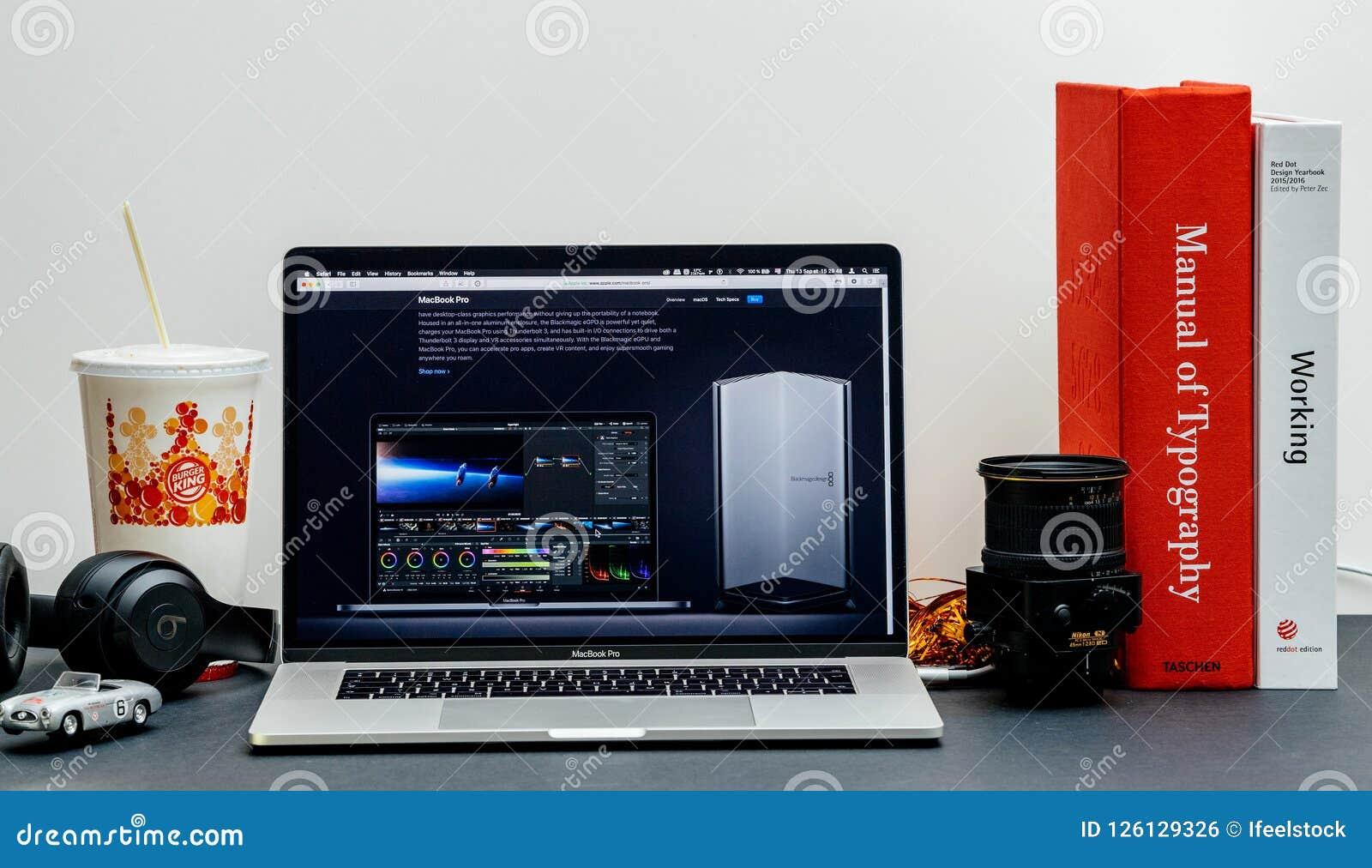 Apple MacBook Pro Website Internet Store Blackmagic EGPU