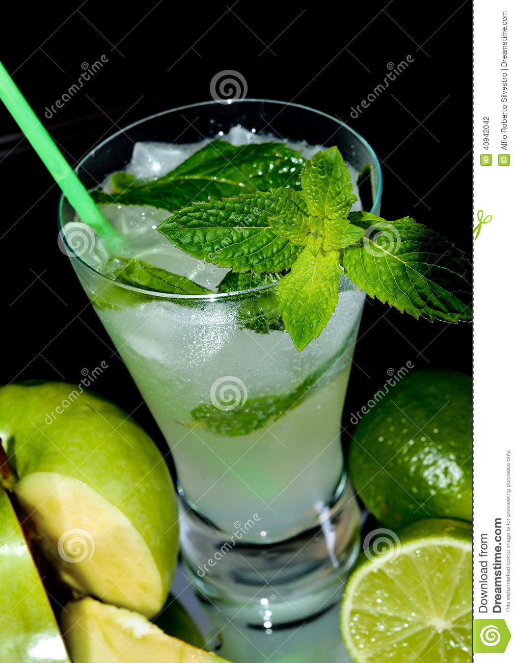 Apple mojito cocktail stock photo image 40942042 for Green apple mixed drinks