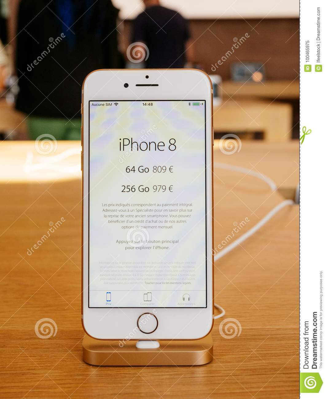Apple Price New Iphone 8 And Iphone 8 Plus In Apple Store Editorial Image Image Of Iphone Apple 100465975