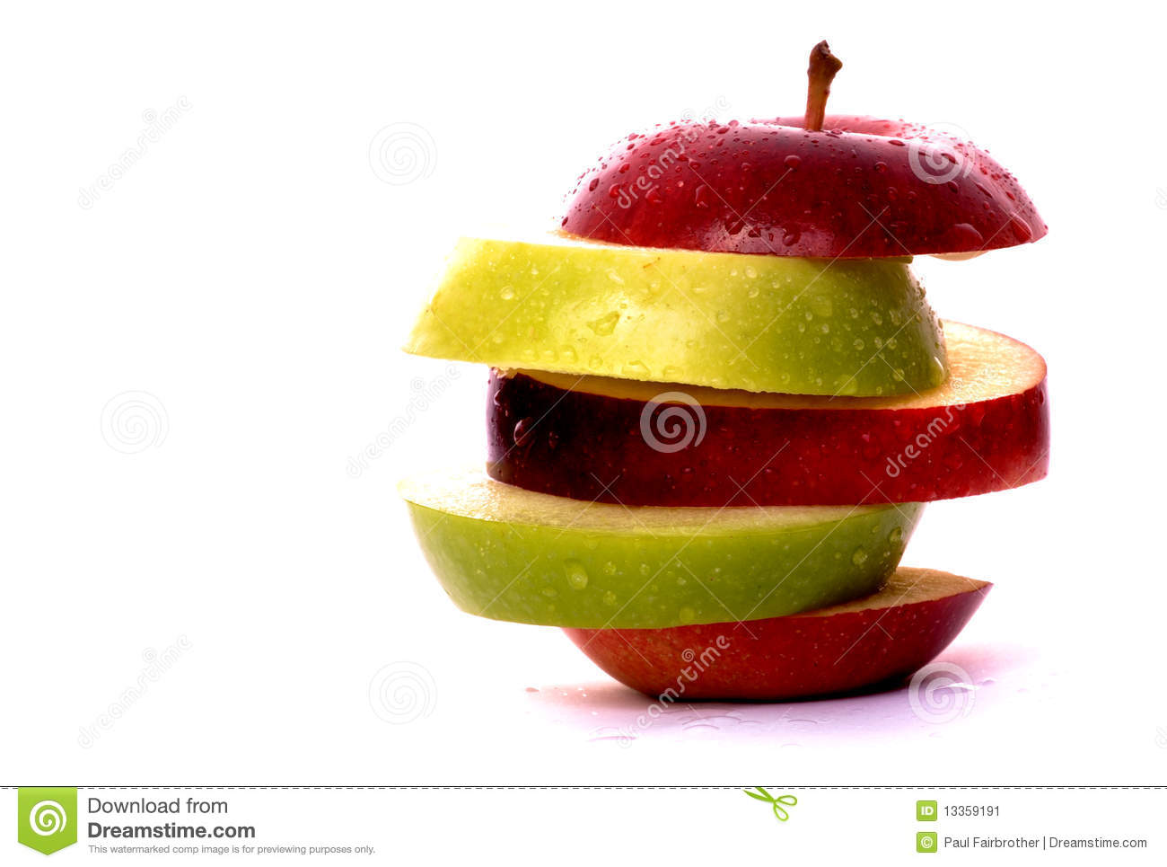 Apple slices in red and green