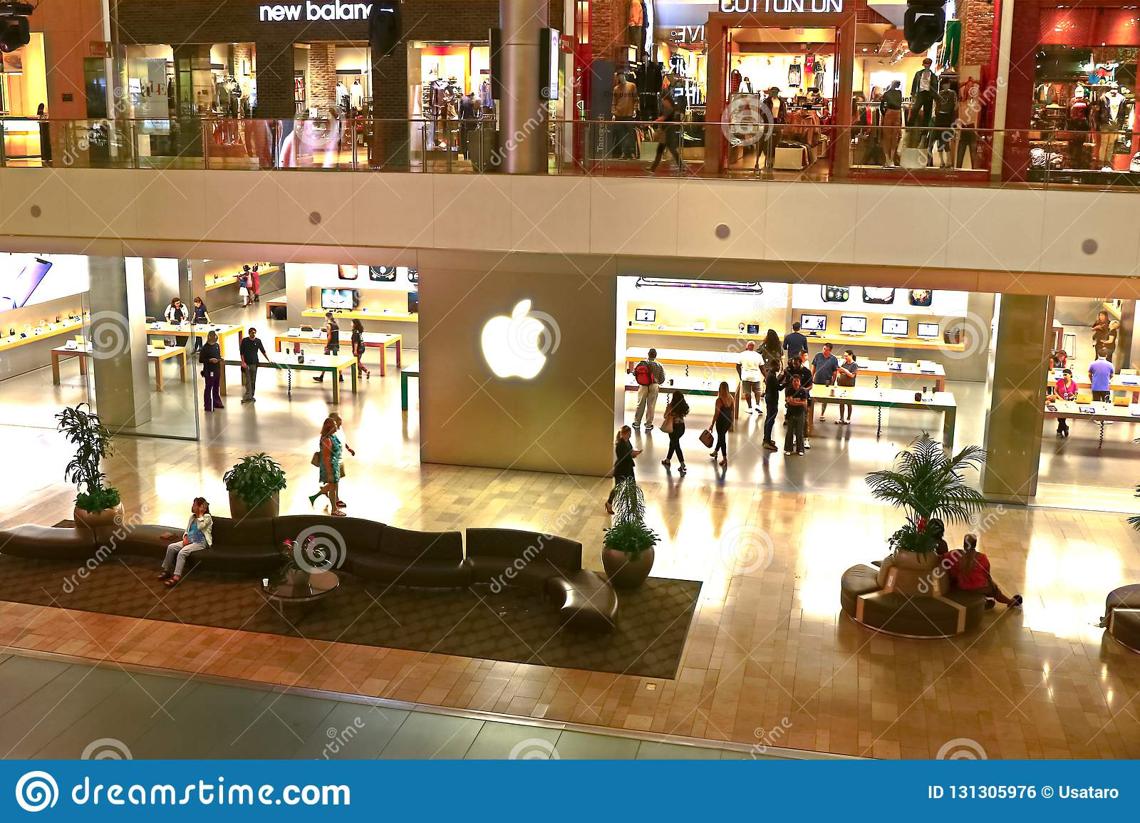 Apple Store At Fashion Show Mall Editorial Photo , Image of