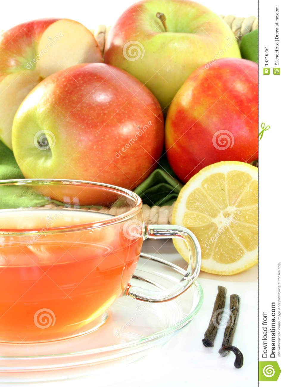 Apple Vanilla Lemon Tea with fresh apples, lemons and vanilla.