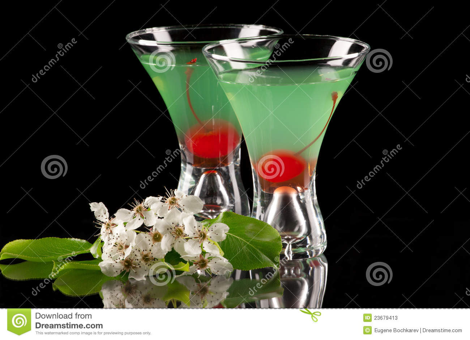 Appletini - Most popular cocktails series