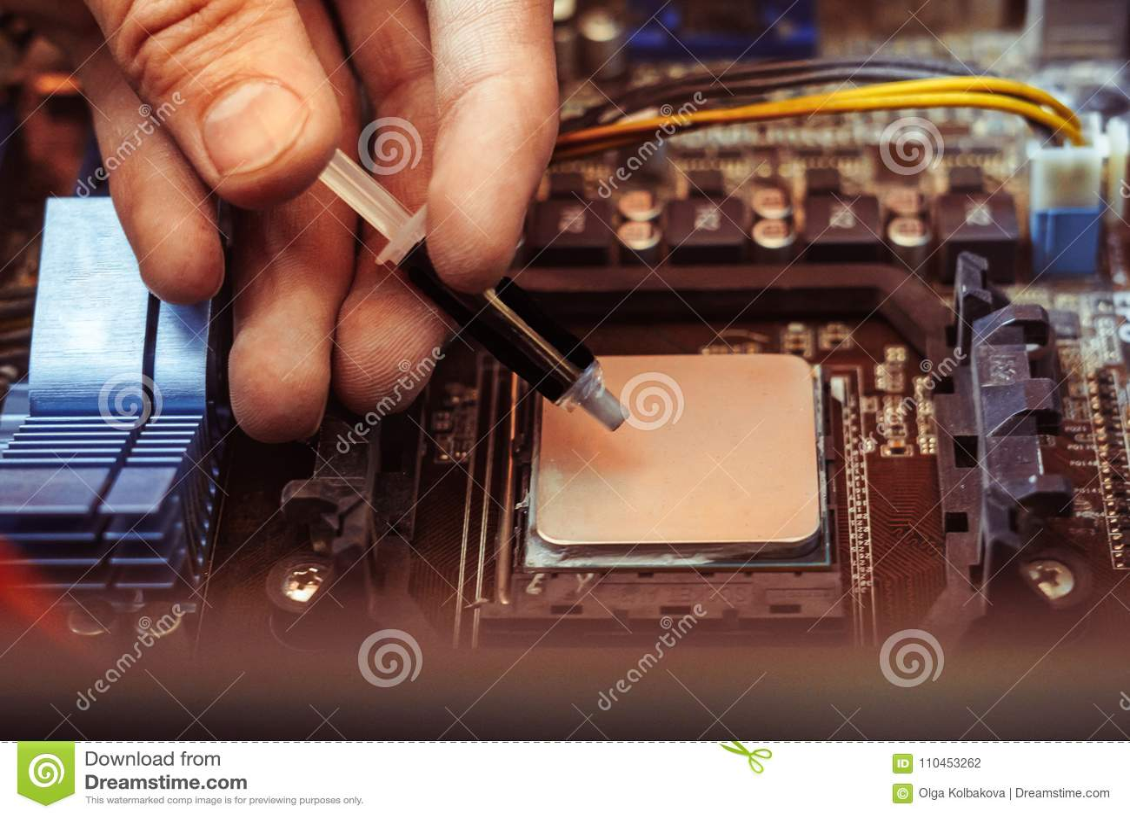 Applicera termisk deg på processorn