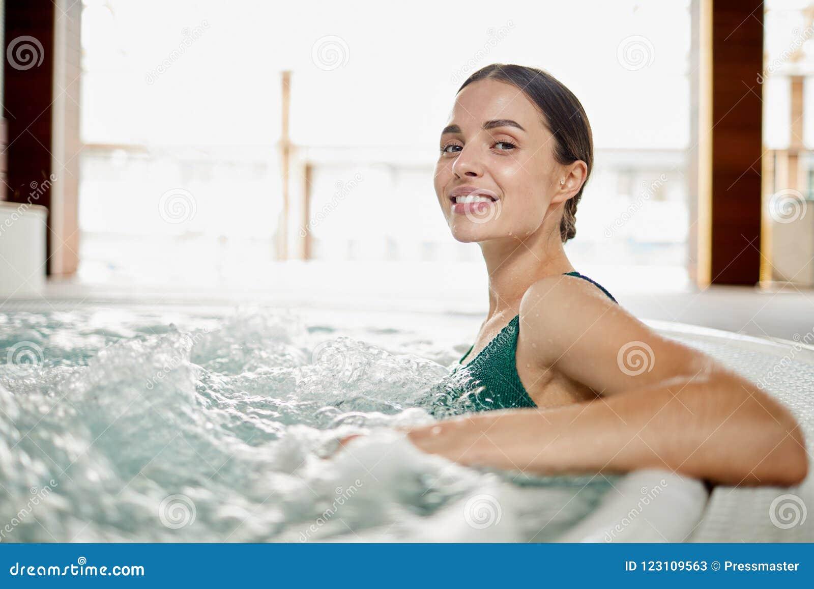 Apprécier des vagues d eau