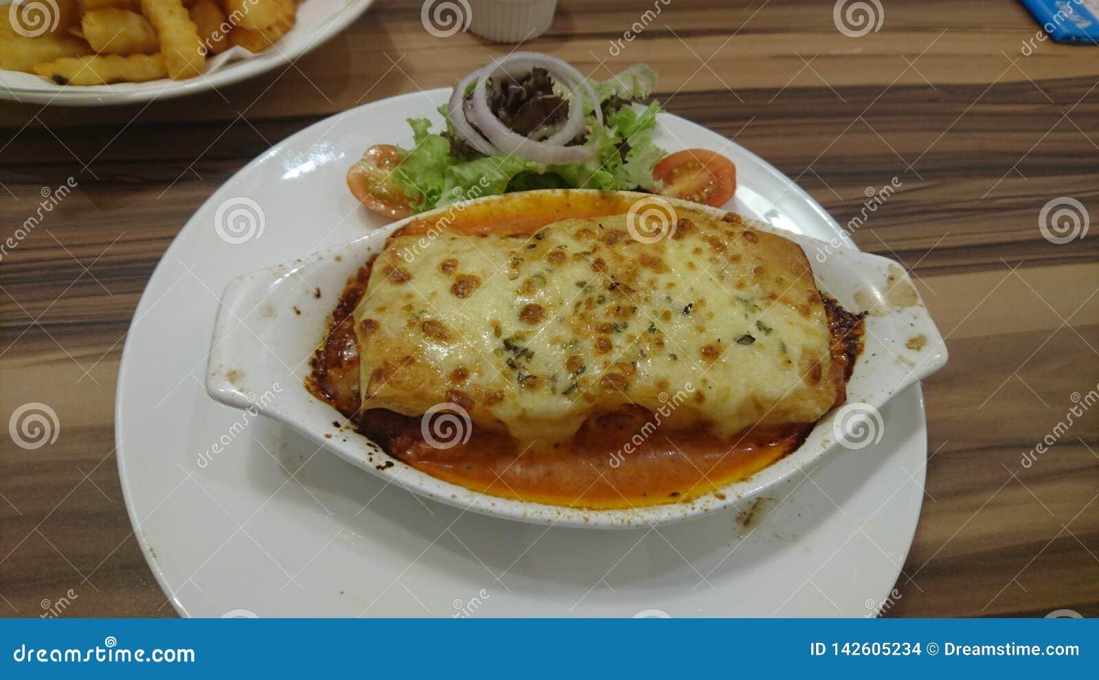 Apprécier un lasagne italien bon de style