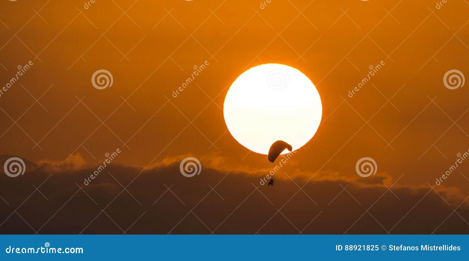 Appréciez le coucher du soleil