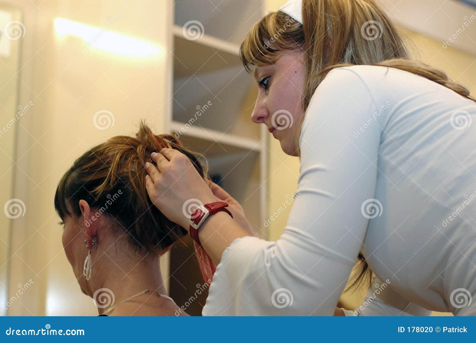 Apprettatrice dei capelli.
