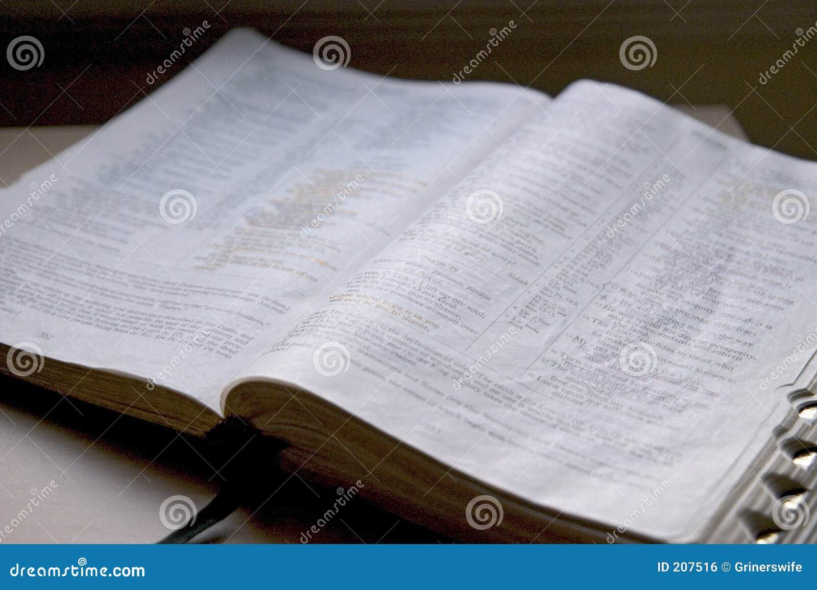 Apra la bibbia