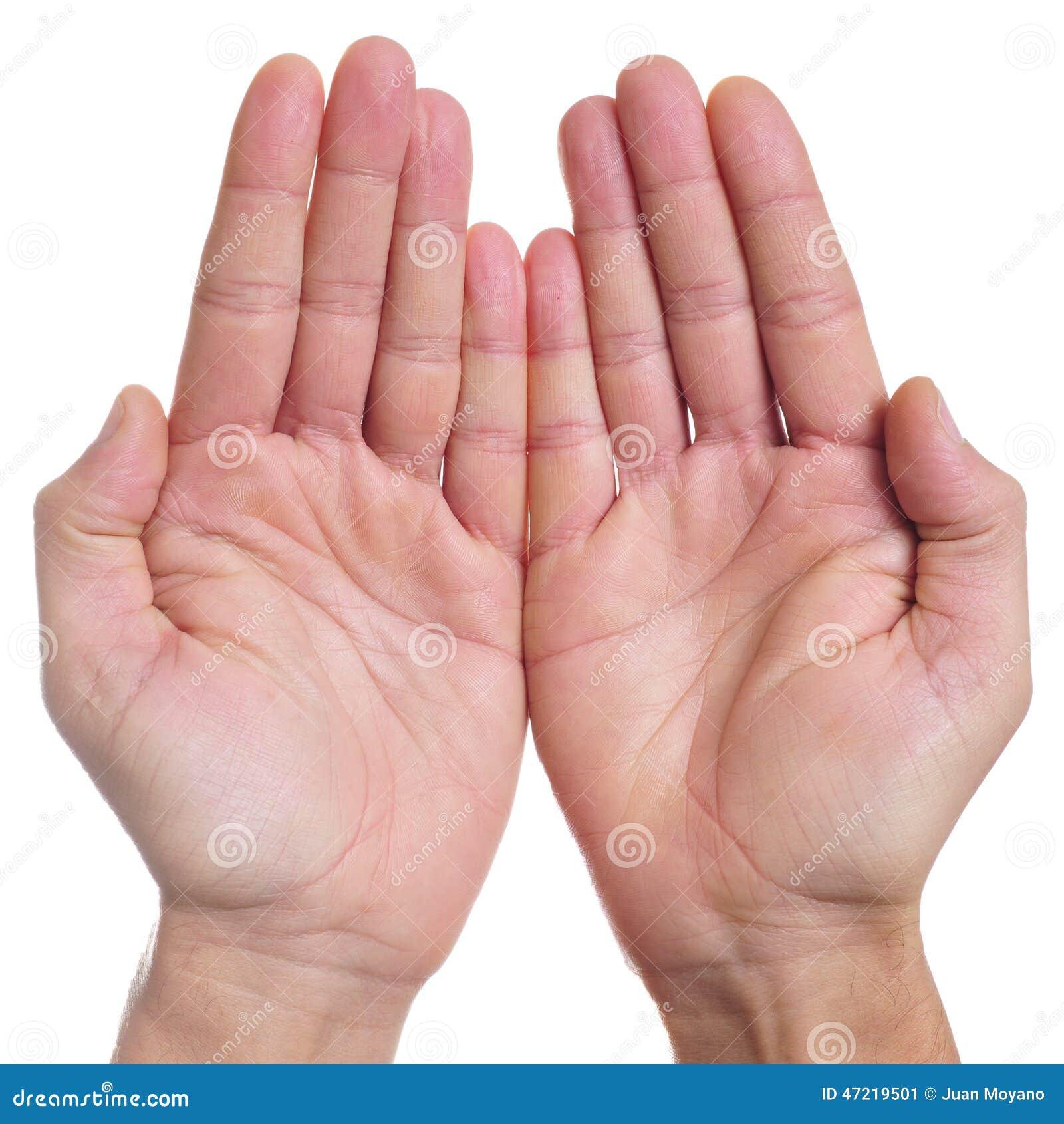 Apra le mani di un uomo