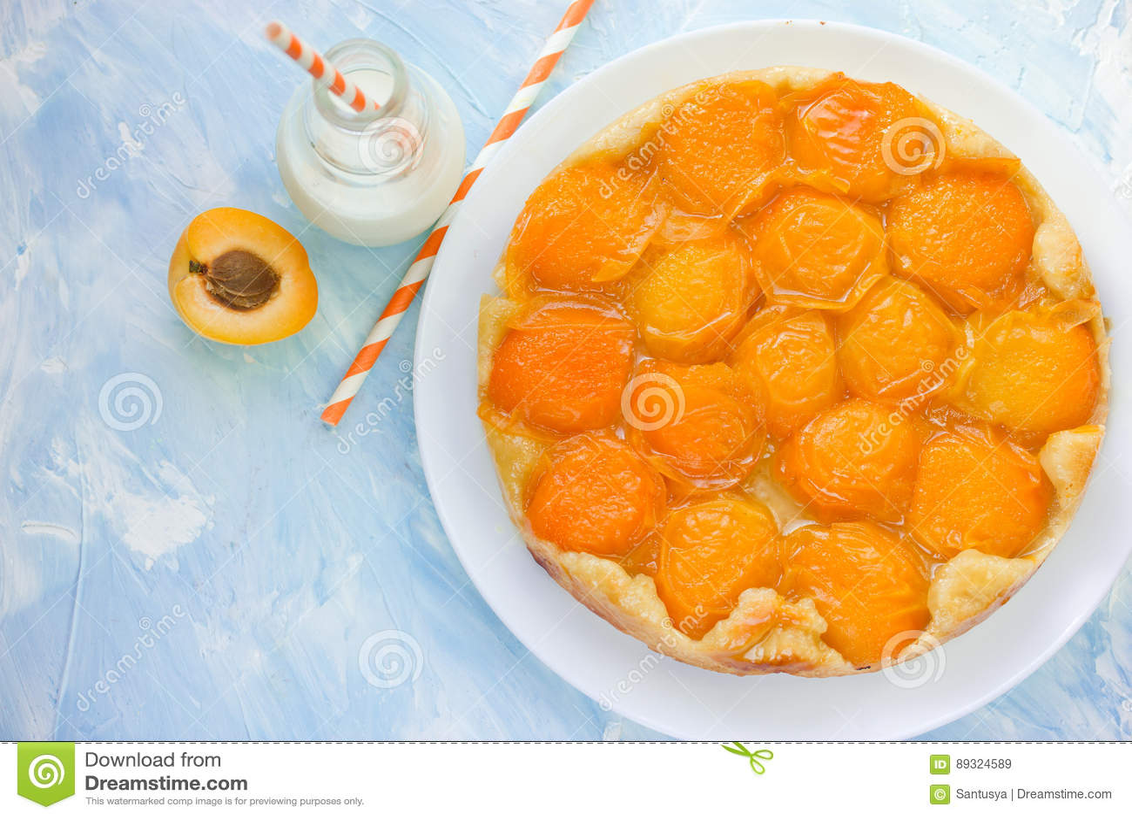 Apricot Tarte Tatin Stock Photo - Image: 89324589