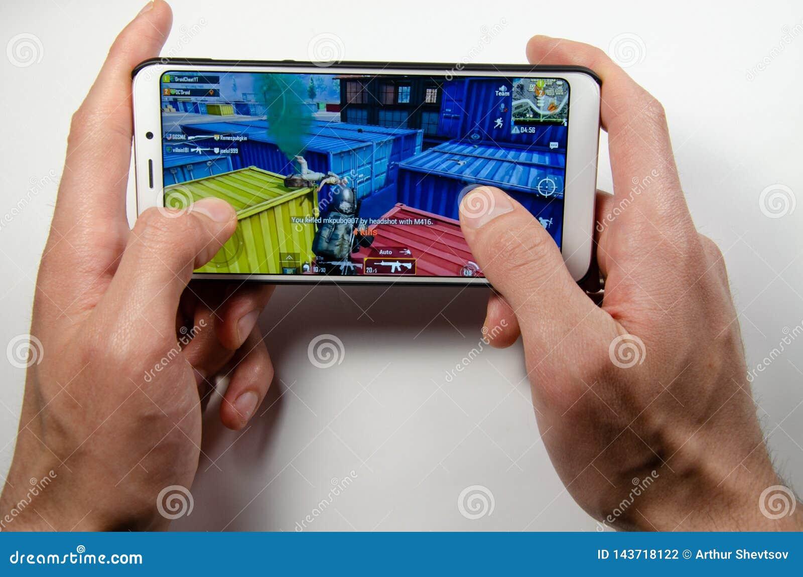 April 2019 Kramatorsk Ukraina Mobil applikationans spelar
