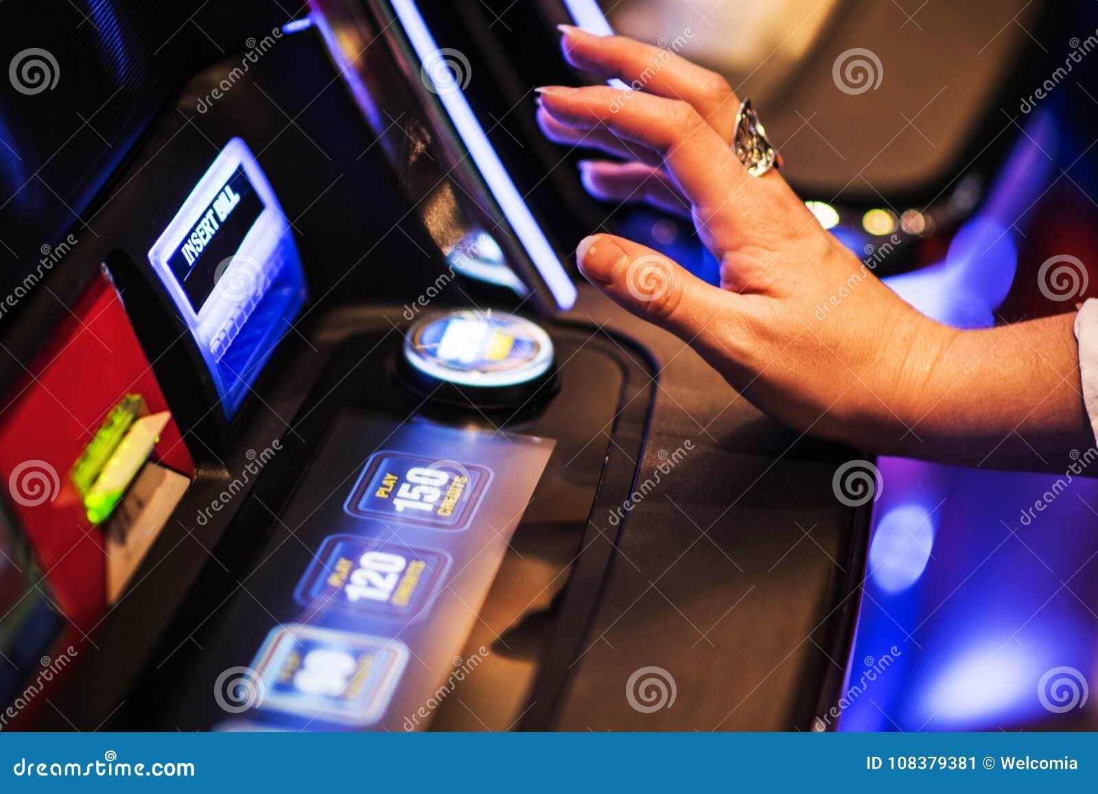 Apronte para a rotação do slot machine