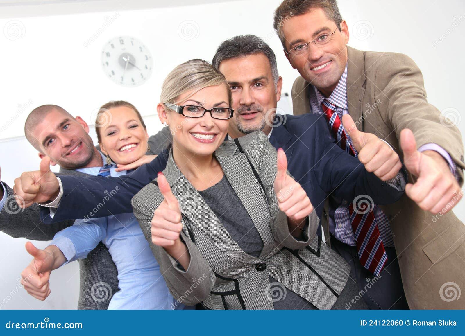 Aprovaçã0 do negócio - colegas novos