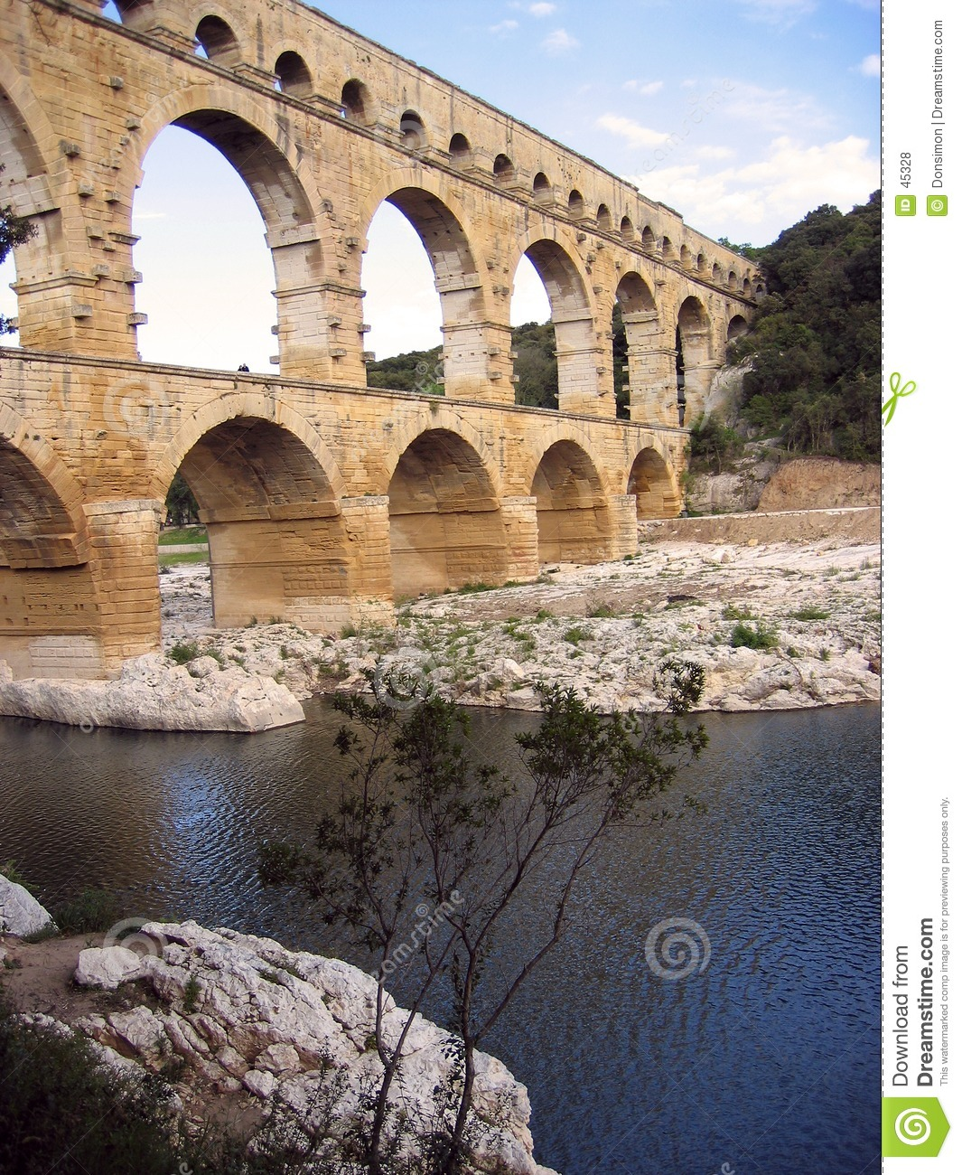 Aquaduct Gard pont du France