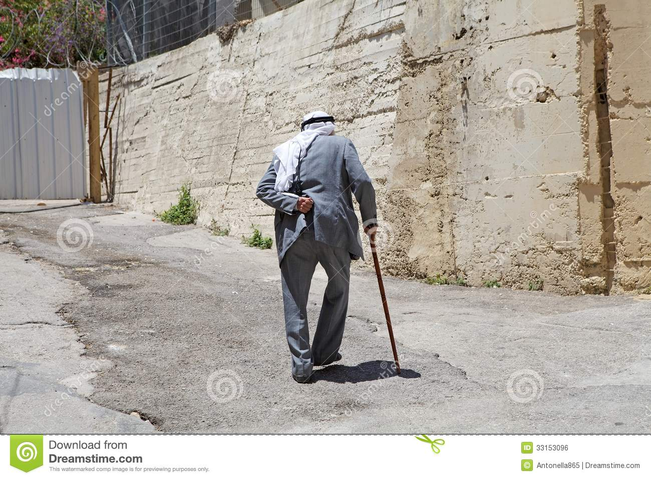 elderly man walking - photo #9