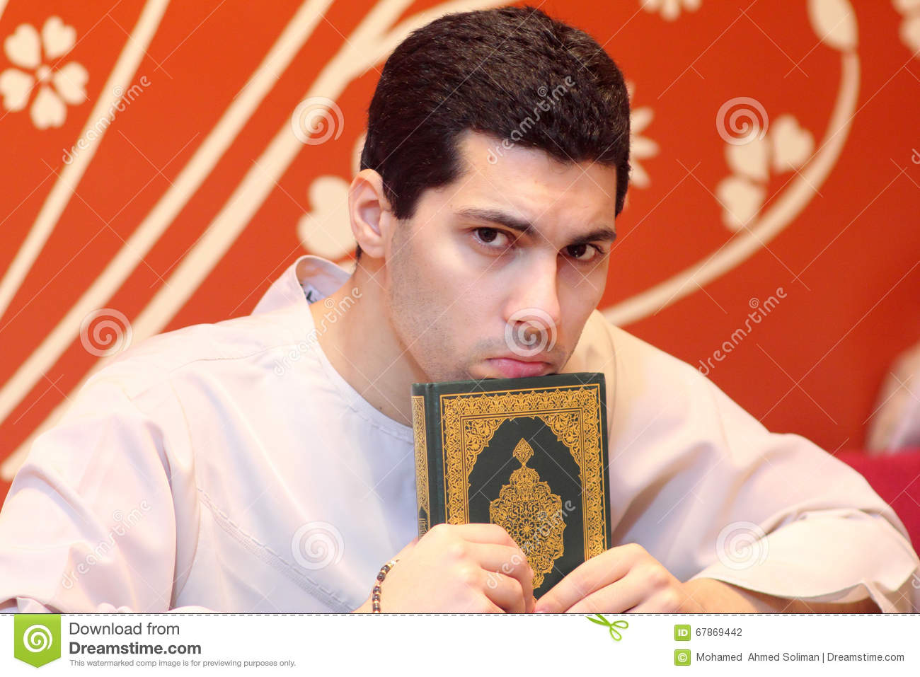 dating an egyptian muslim man Meet attractive egyptian men for dating and find your true love at muslimacom sign up today and browse profiles of attractive egyptian men for dating for free.