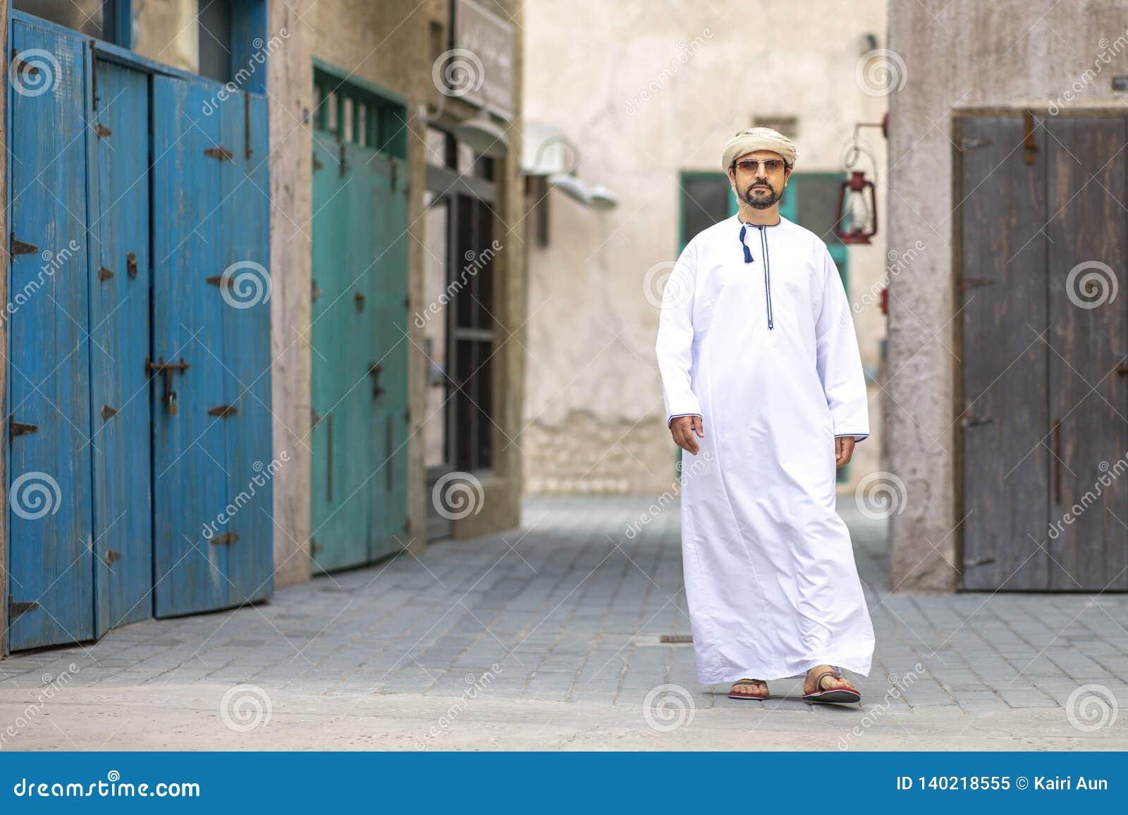 Arabski mężczyzna w Al Seef