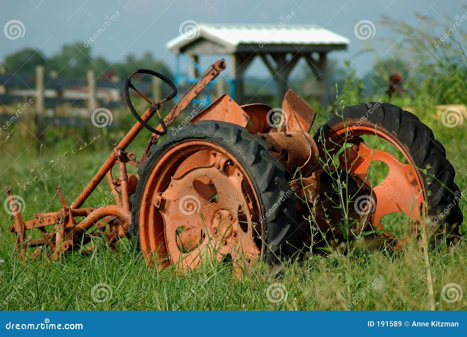 Arado de la granja de la vendimia