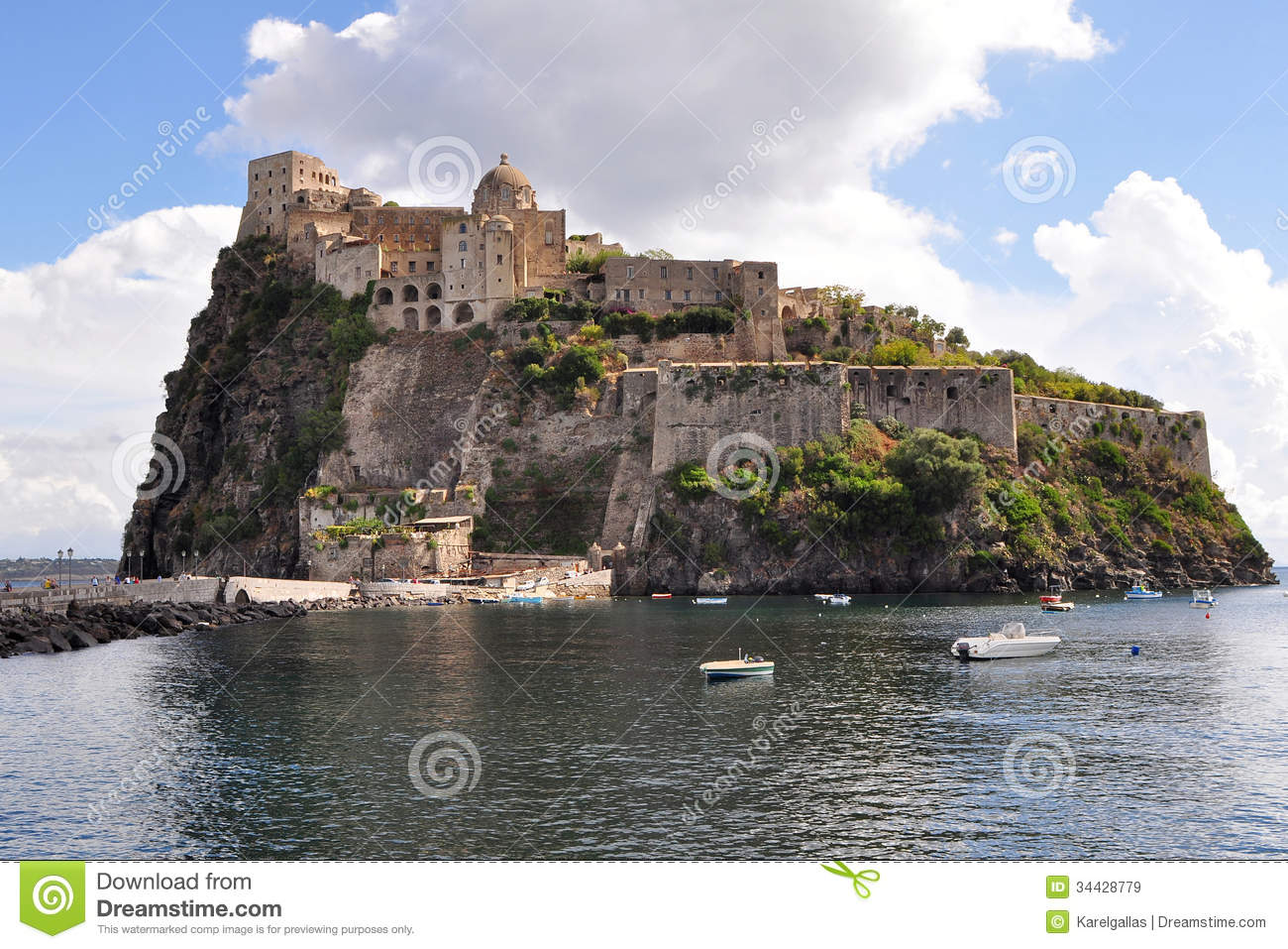 online dating naples italy Naples city breaks naples is a window into italy at its most authentic daily life plays out against a stunning setting,  dating back to the 12th century, .