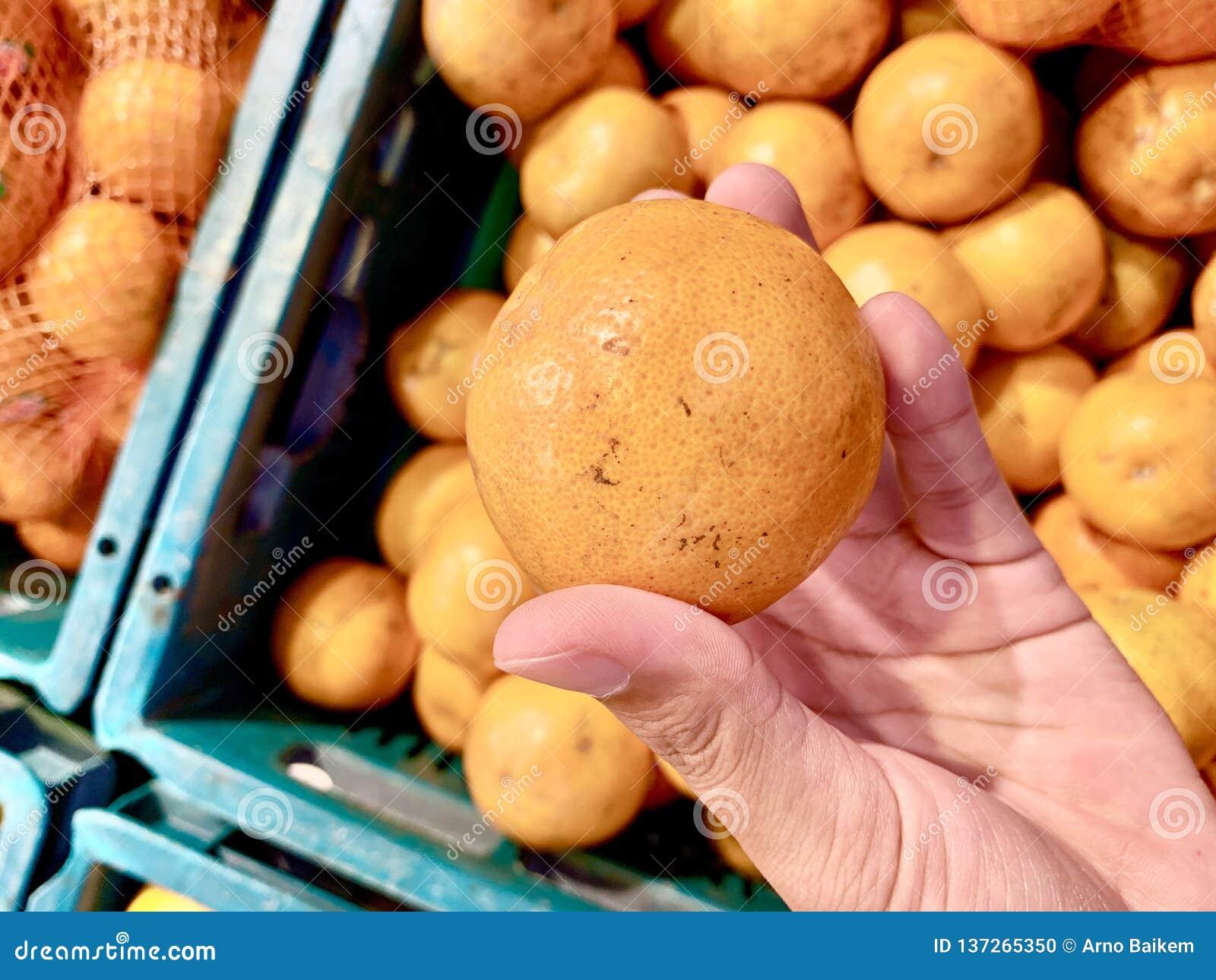 Arancia fresca, il gusto agrodolce a proposito, ho dovuto prendere la nuova arancia