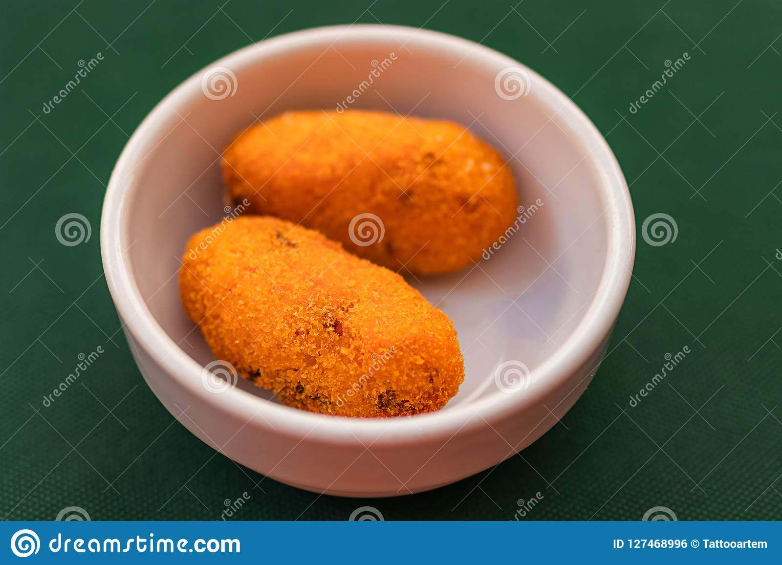 Arancini / Supli deep fried rice balls with meat or vegetables