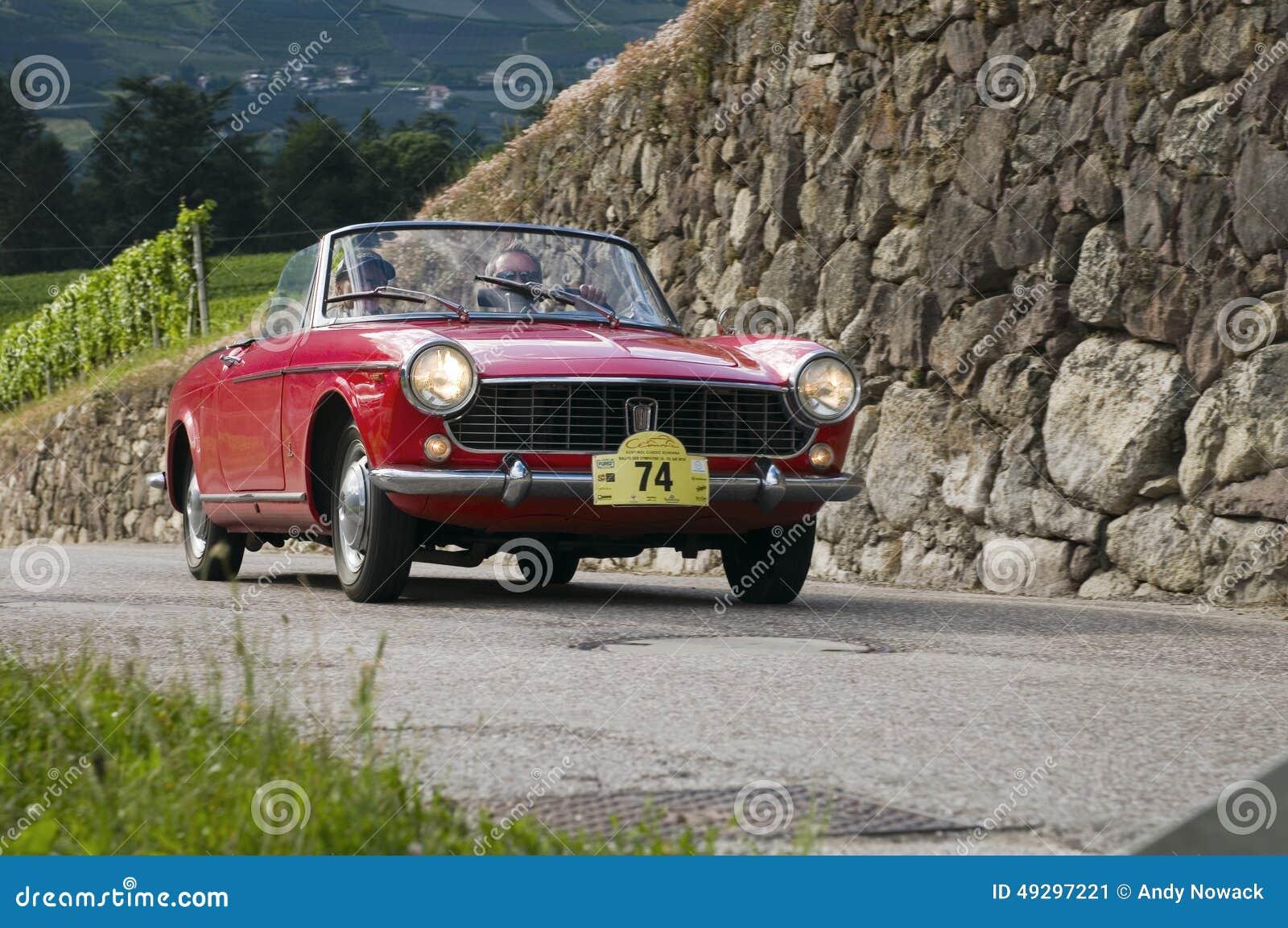 Aranha clássica sul de Tirol cars_2014_FIAT Pinifarina 1500