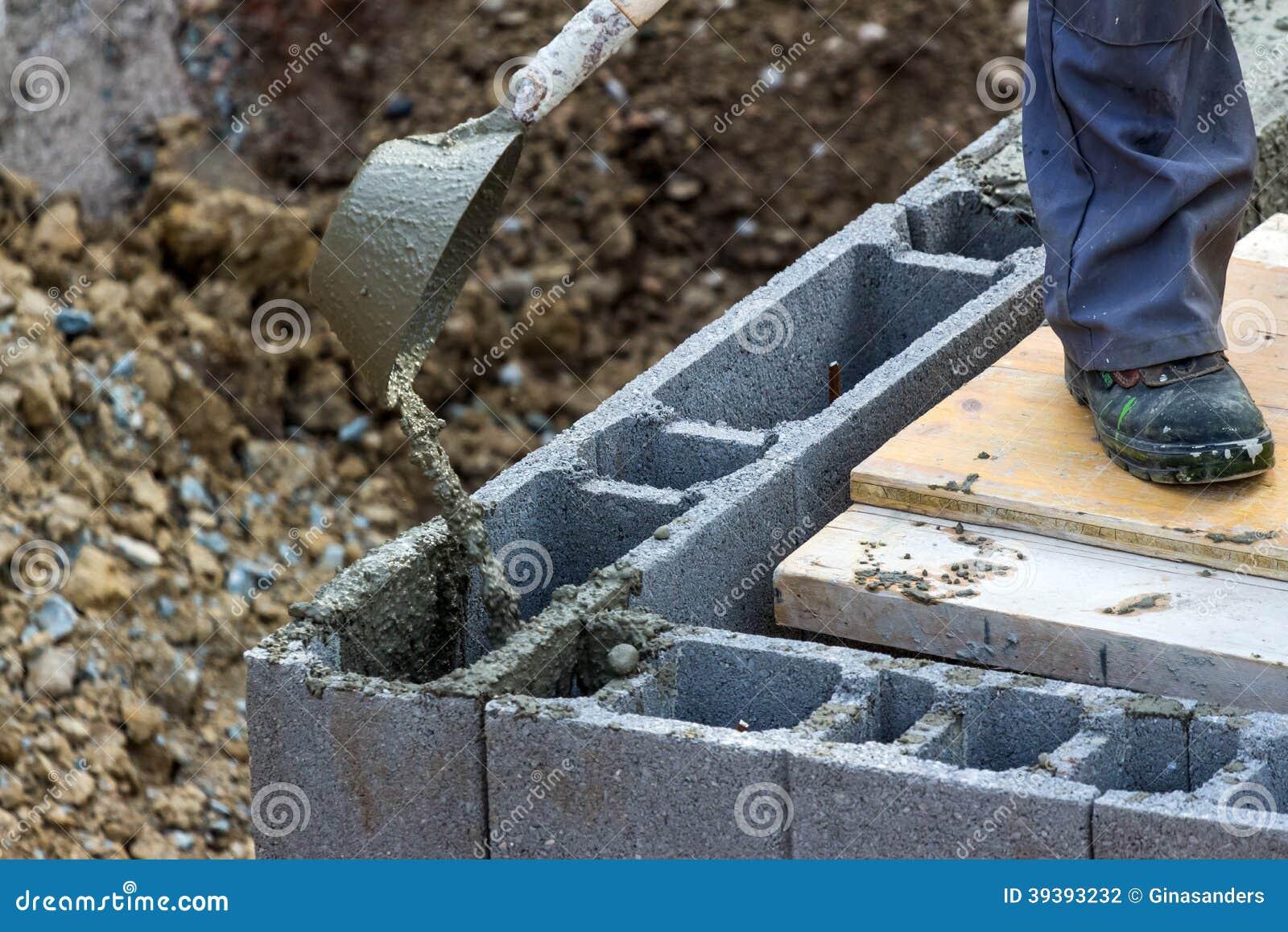 arbeiten mit beton stockfoto bild 39393232. Black Bedroom Furniture Sets. Home Design Ideas