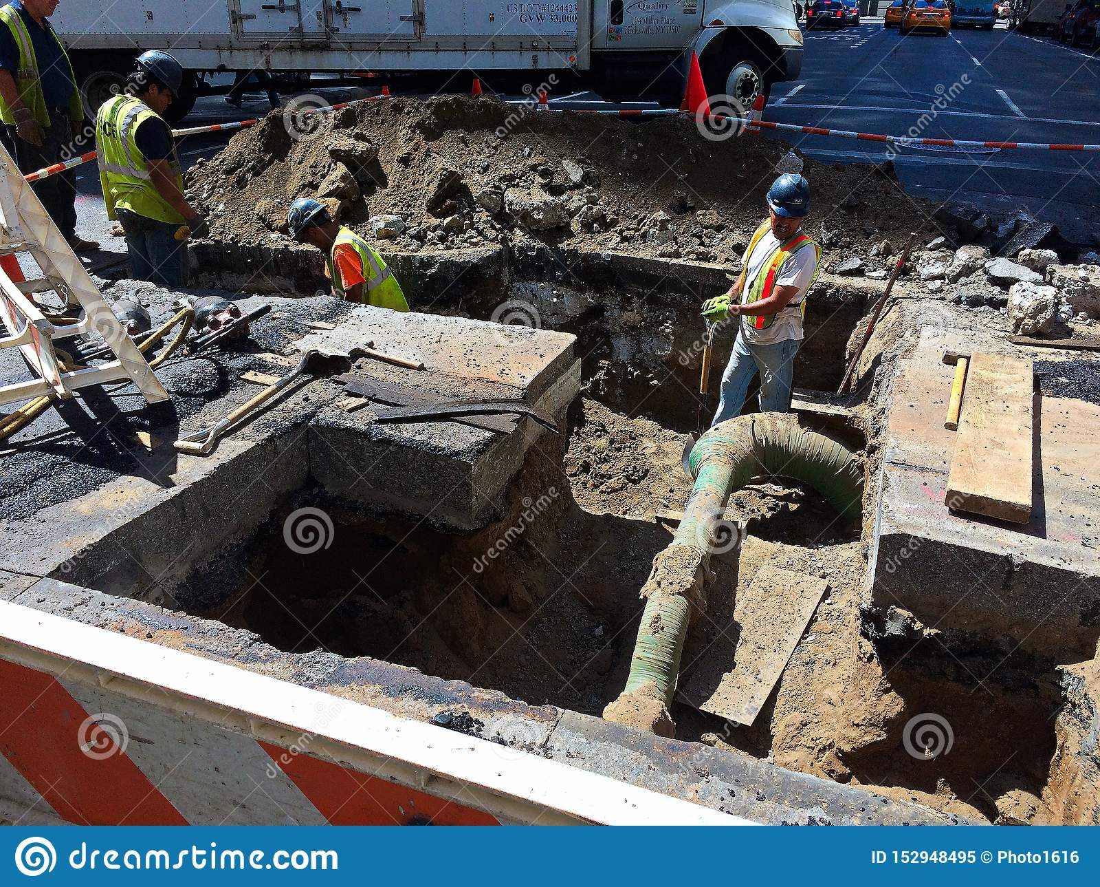 Arbeiten unter der Straße in NYC -2