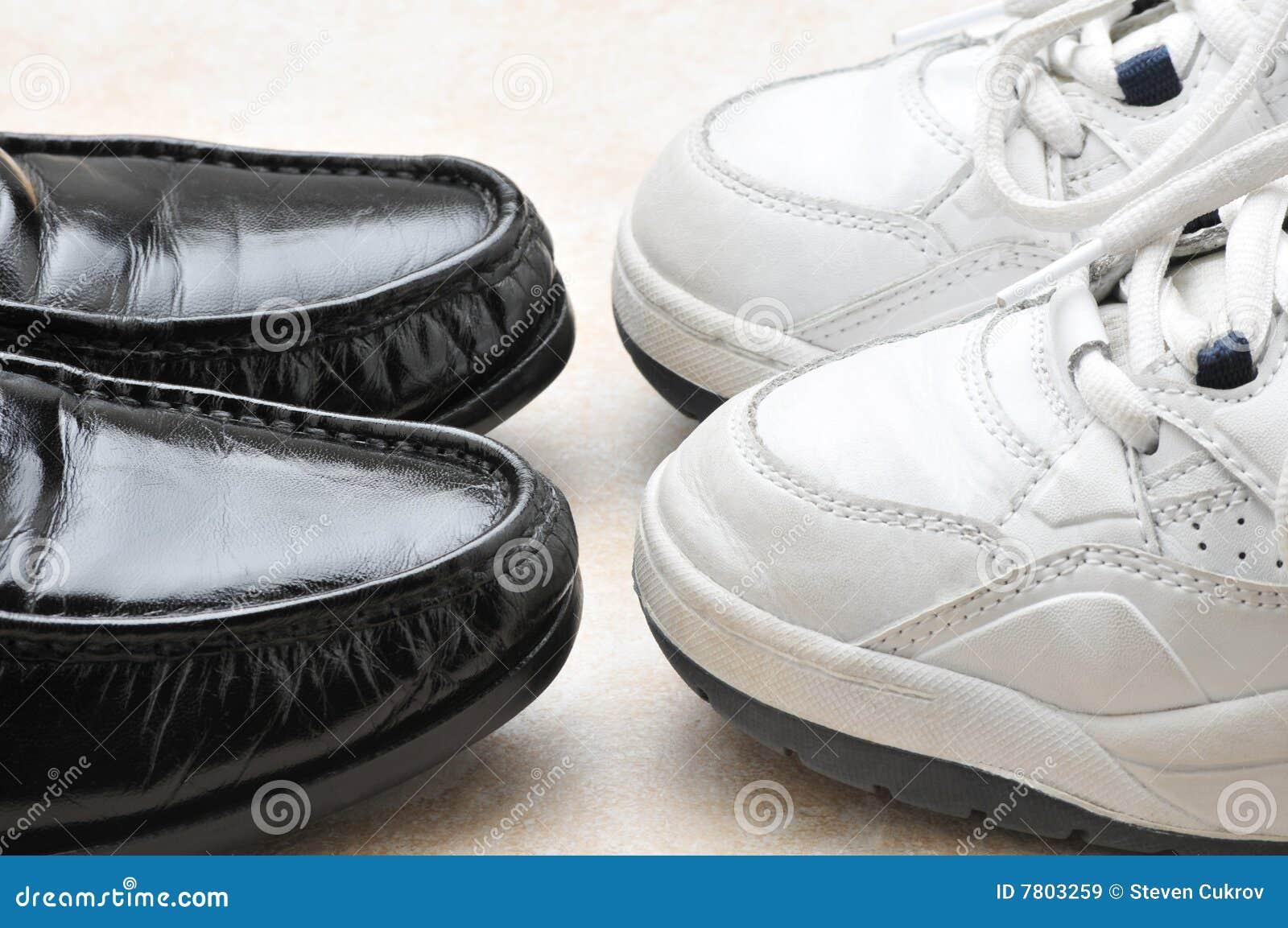 Schuhe Spiele